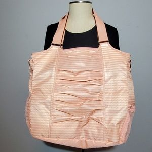 Thirty One All Pro Tote NWOT